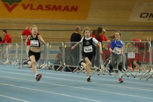 Esmee en Esmee tijdens hun 60m.
