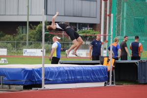 Milo sprong 1,90m