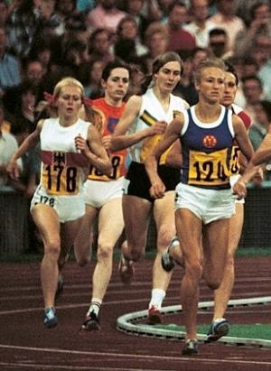 Berny Boxem-Leferink in het oranje tijdens de Olympische Spelen (1972)